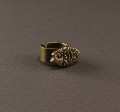 Lined Fish Ring