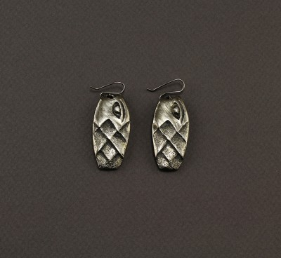 Diamond Shaped Fish Earring