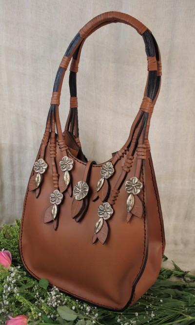 Vertical Roses Packet Bag