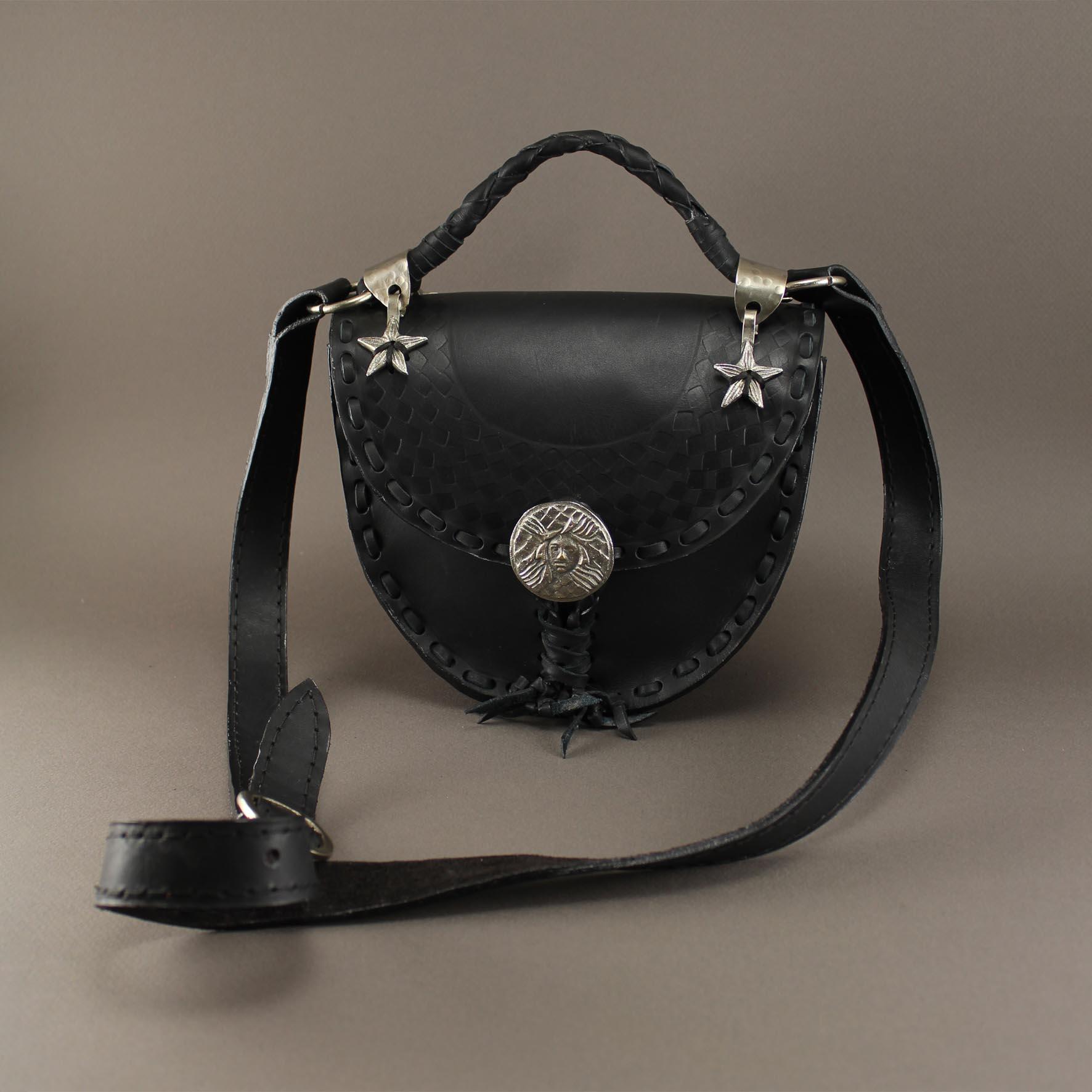 Small Diamond Shaped Mediosa Bag