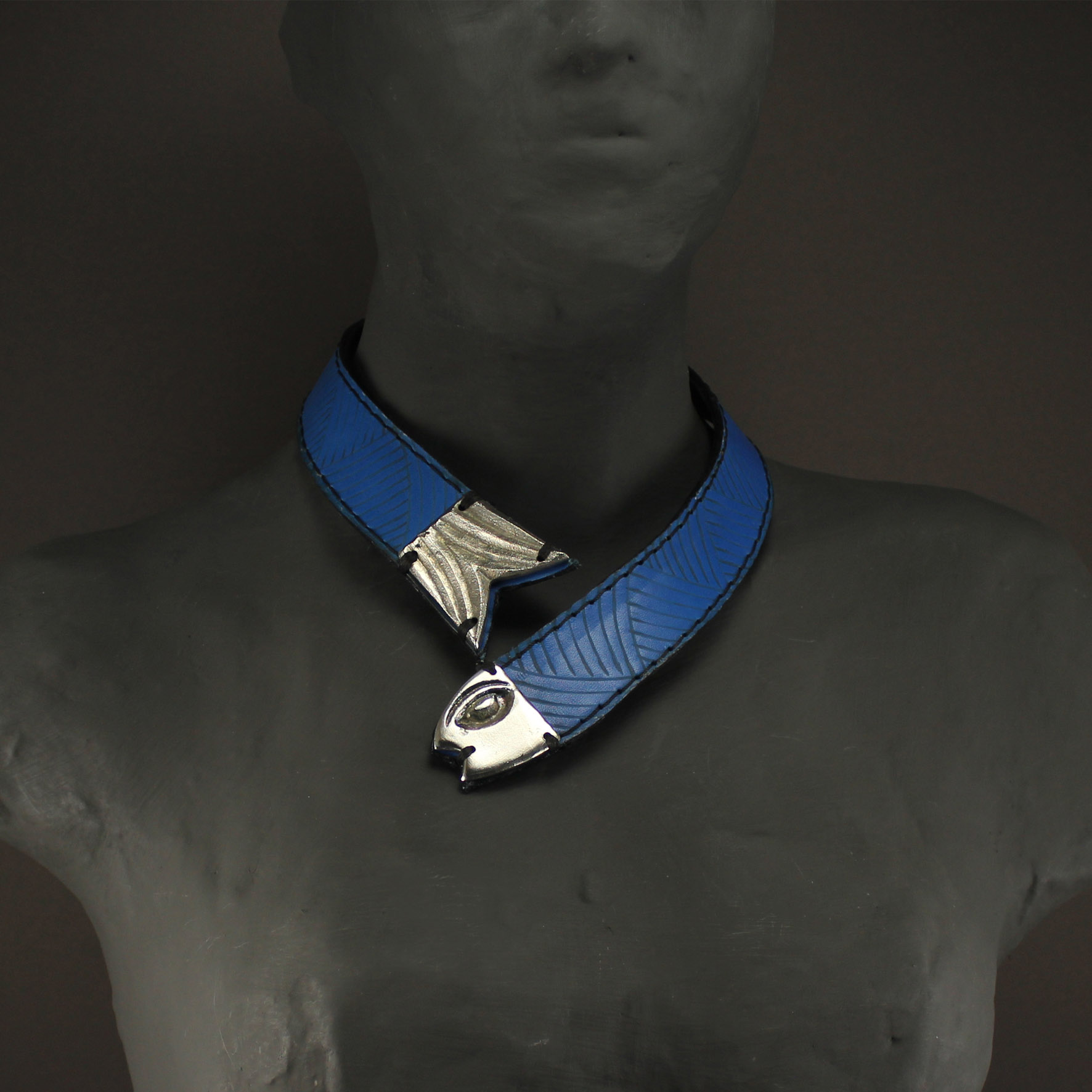 Head & Fish Tail Necklace