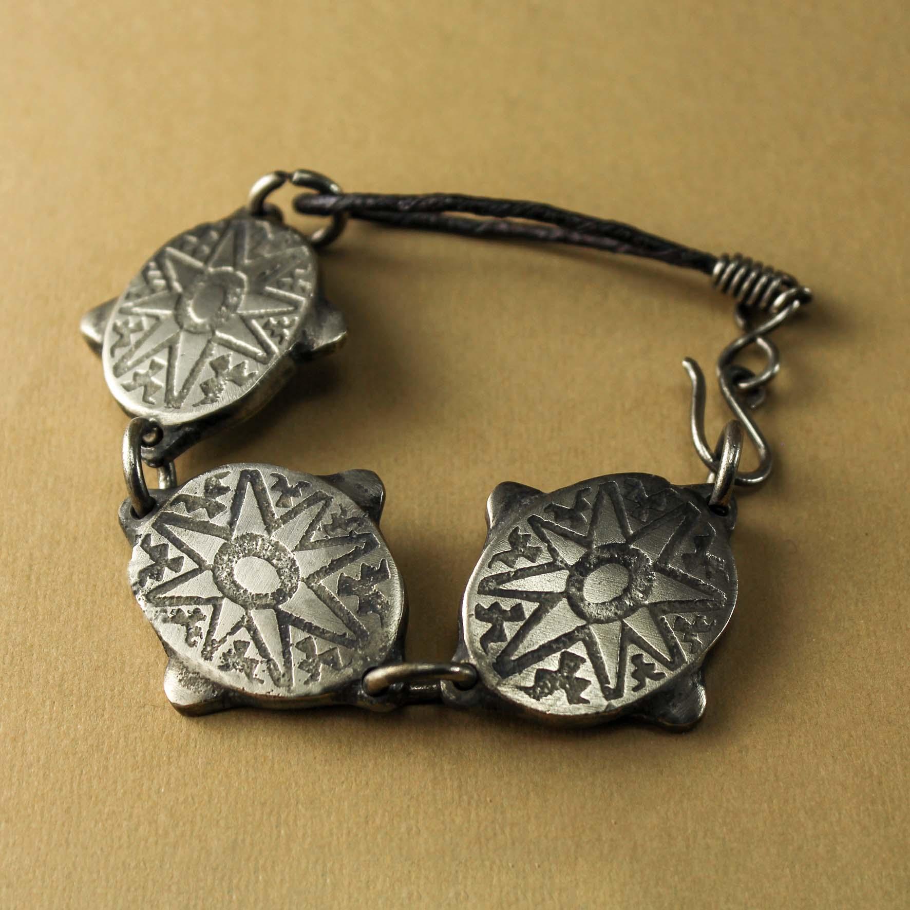 3 suns Bracelet