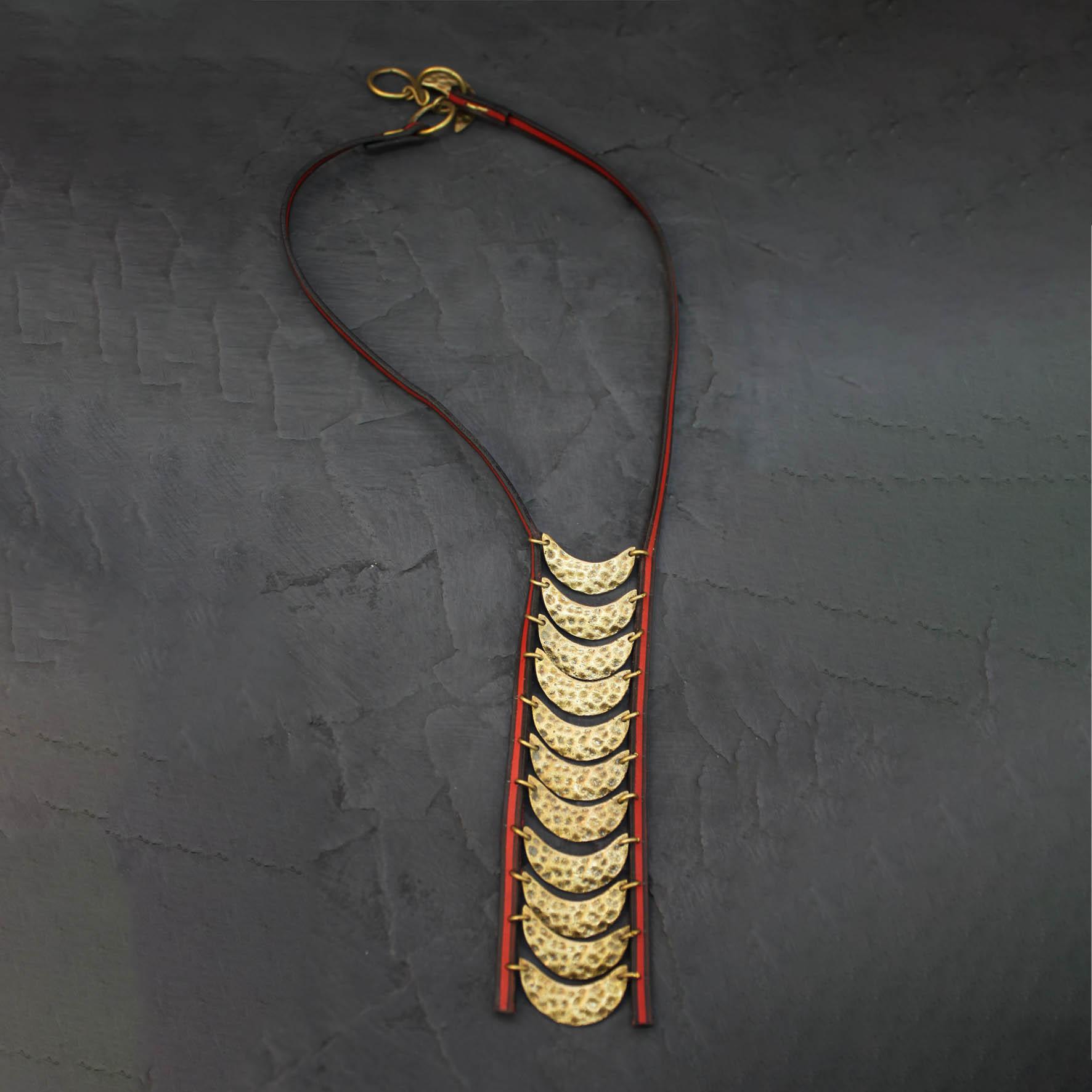 Crescent pendant Necklace