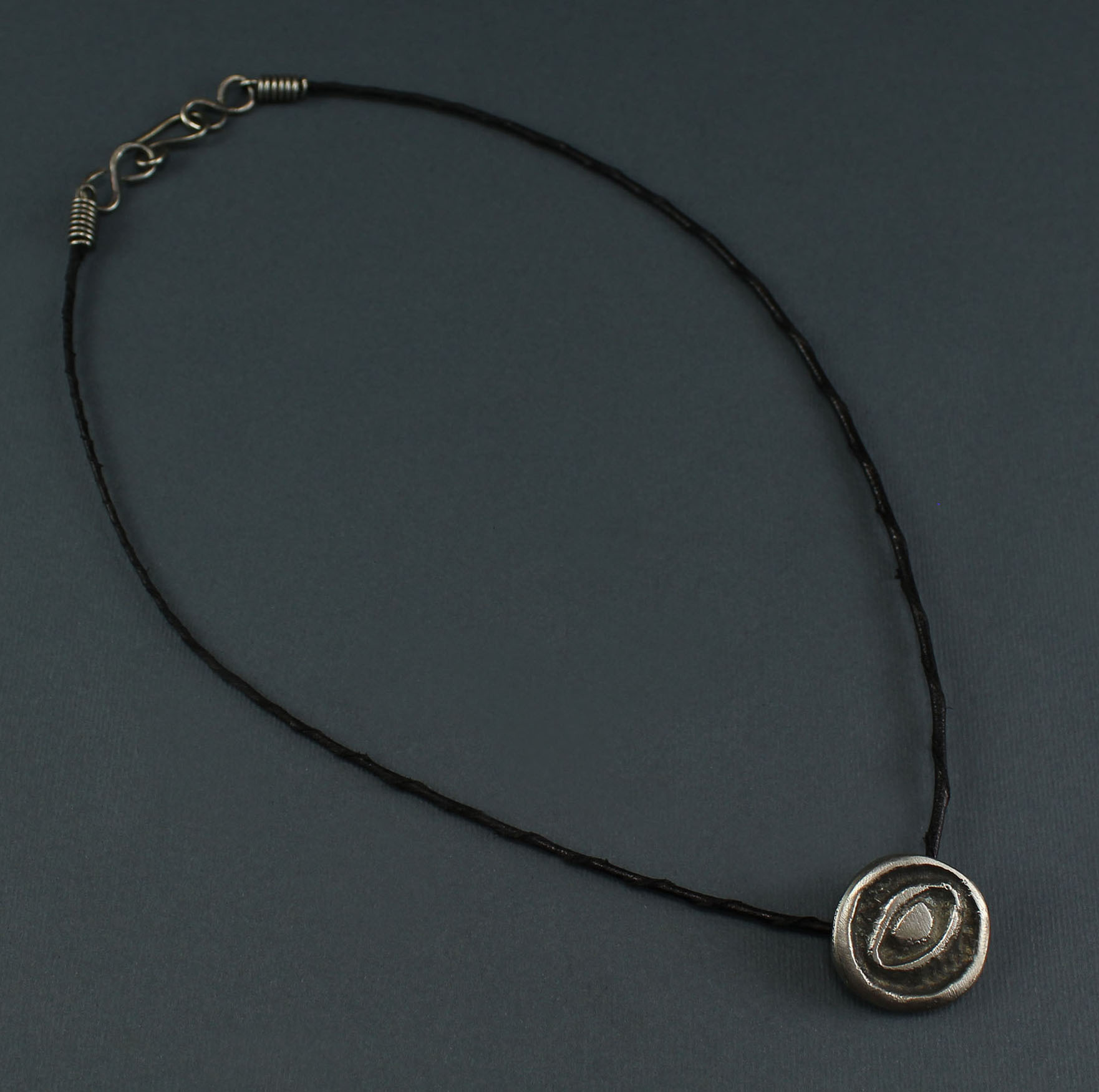 "Circle Eyes ""Hur"" Necklace"